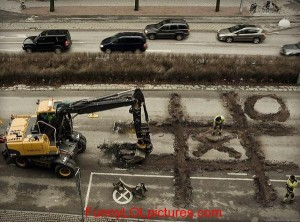 funny-pictures-constuction-tic-tac-toe